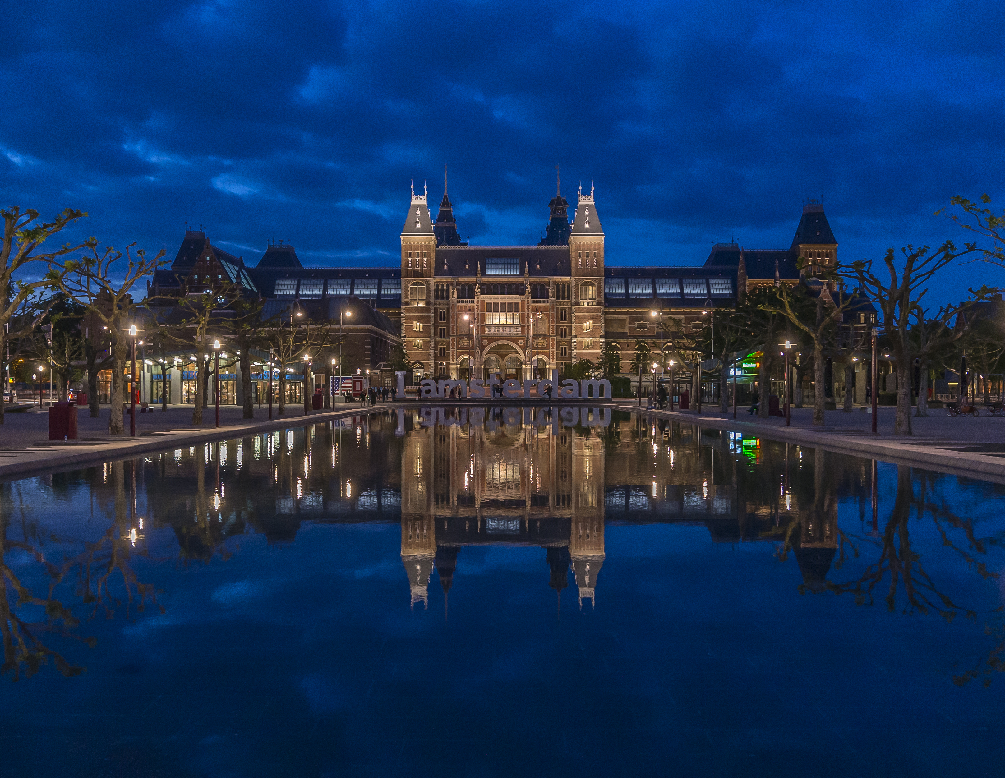 Amsterdam 39 s rijksmuseum is european museum of the year for Amsterdam museum
