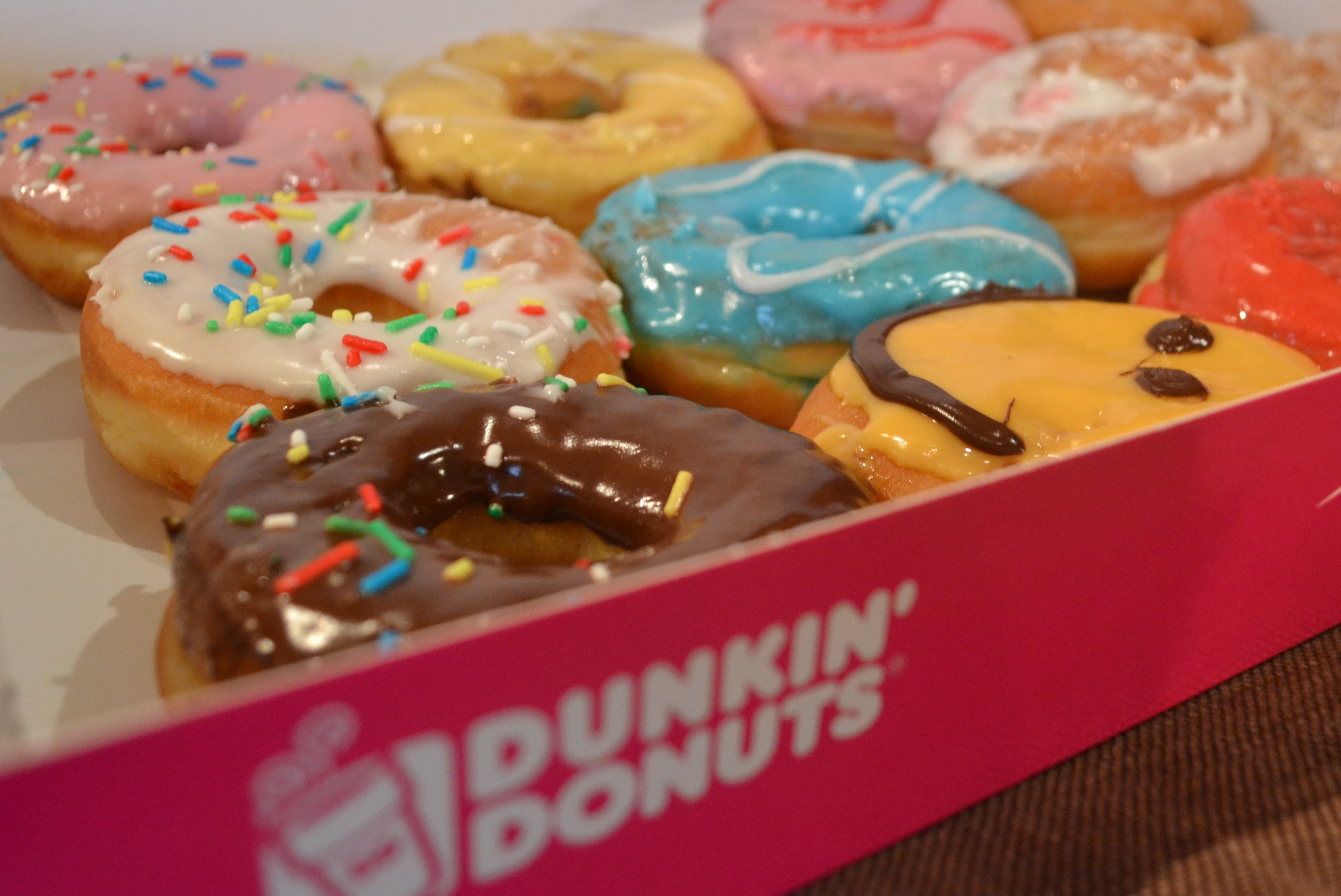 More sugar please: first Dunkin' Donuts opens in Amsterdam ...