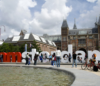 'Expats go home' – Amsterdam's visitor boom angers locals