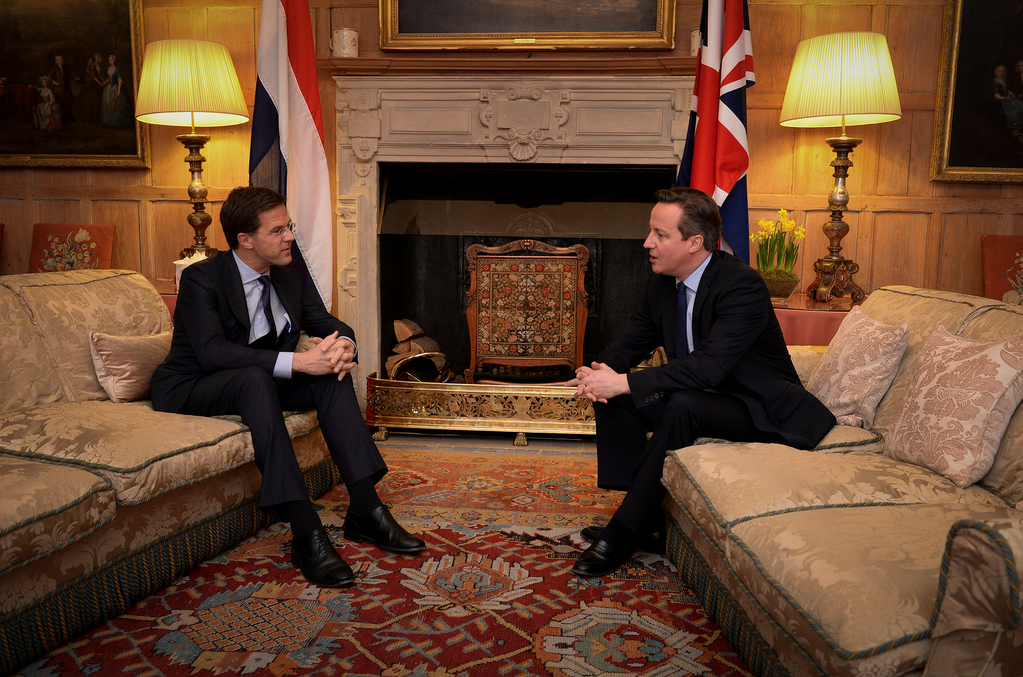 Rutte and Cameron exchange words. Photo: Minister-president Flickr