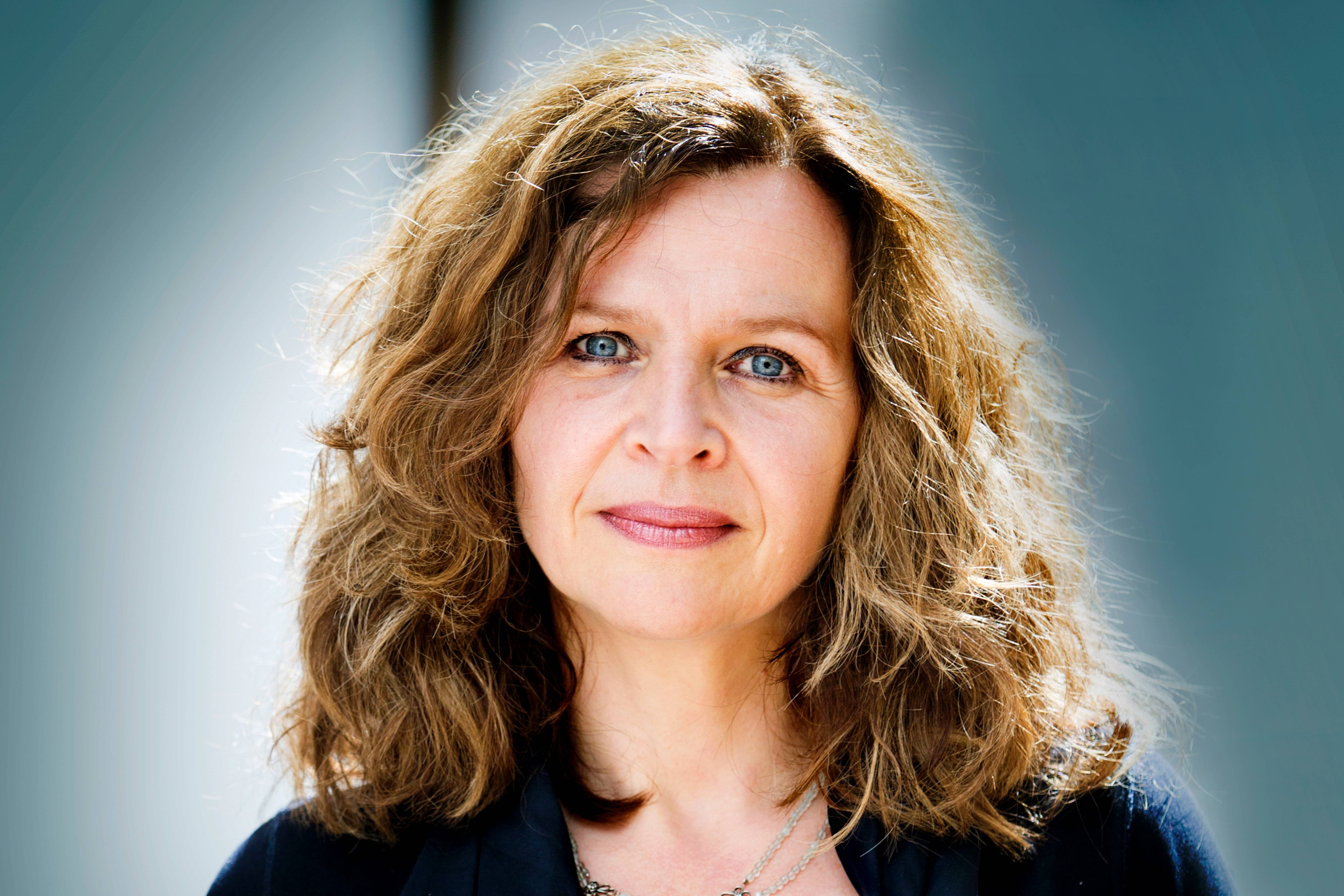 Schippers warns party leaders that a minority cabinet looms