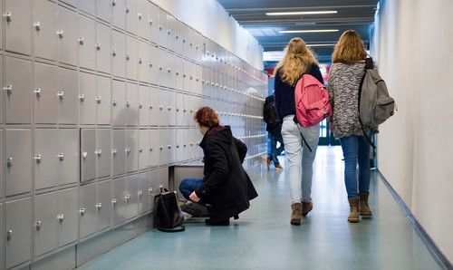 Dutch school standards vary widely, some pupils missing out: inspectors