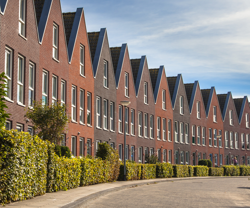 House prices return to pre crisis levels up 23 in for Low cost apartments amsterdam