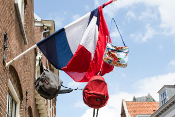 Should international parents consider a Dutch education for their children?