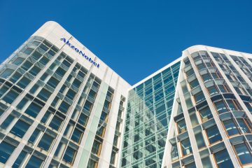 As the takeover battle for AkzoNobel heats up, just how 'Dutch' is it really