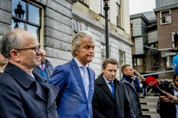 DutchNews podcast – The Men Can't Apologise Properly Edition – Week 2