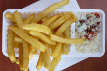 patat chips french fries onion