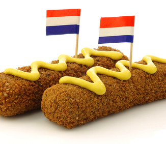 10 Dutch delicacies to buy in snack bars