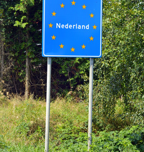 30,000 Dutch jobs moved abroad, mainly to cut salary costs