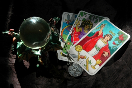 fortune telling crystal ball tarot