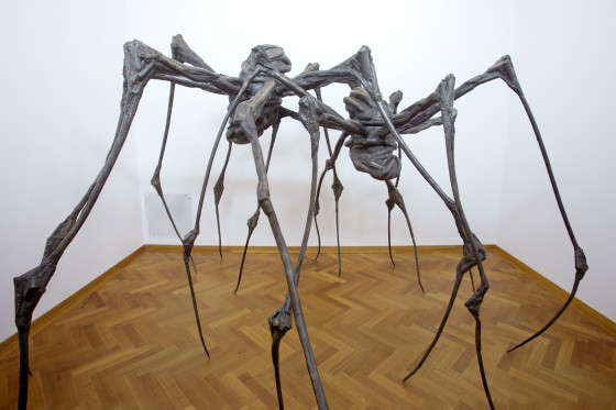 spider_couple_-_louise_bourgeois_2003_large