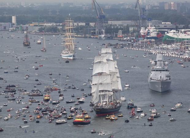 sail parade