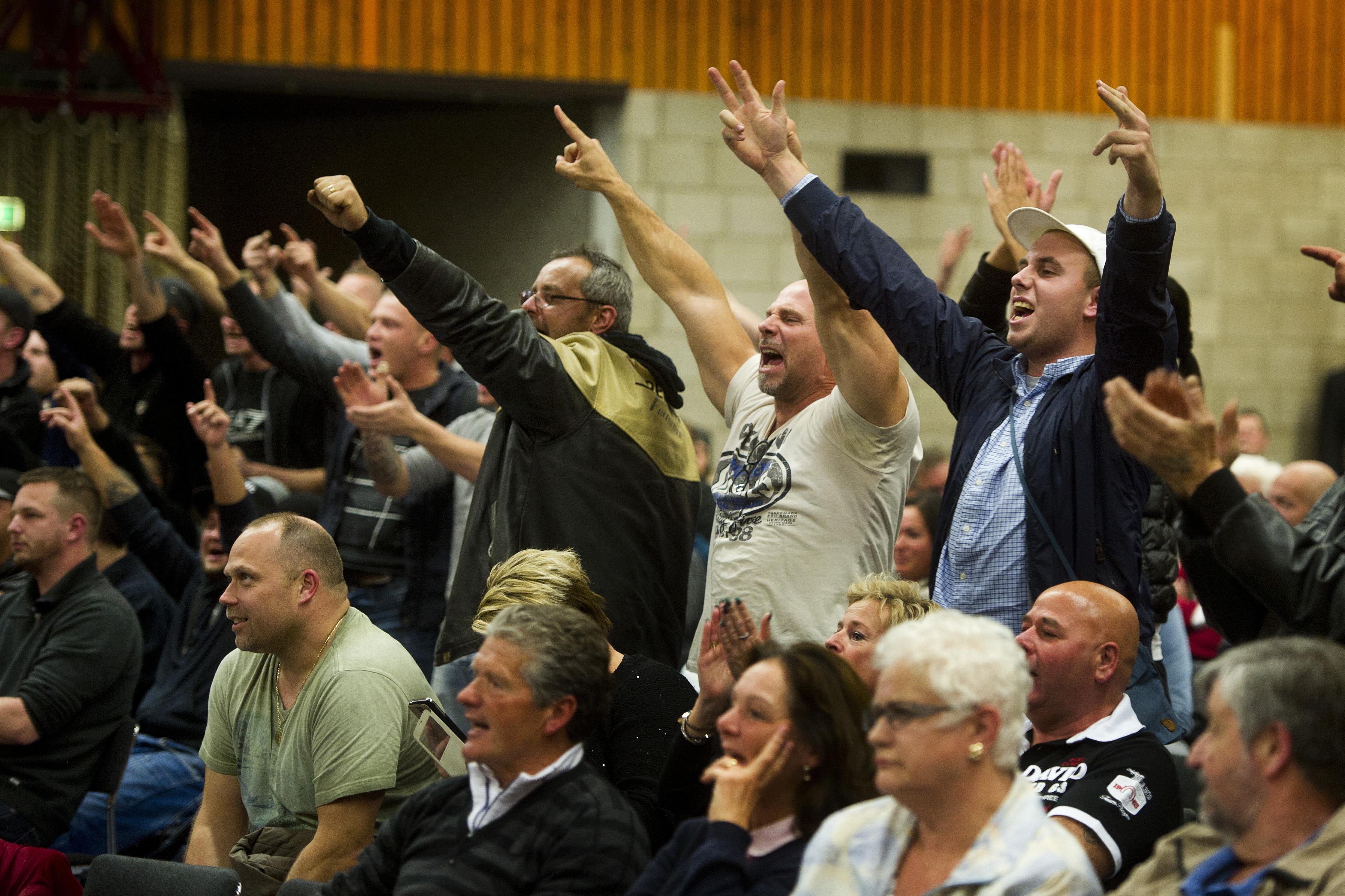 Gemeenteraadsvergadering Steenbergen over vluchtelingenopvang