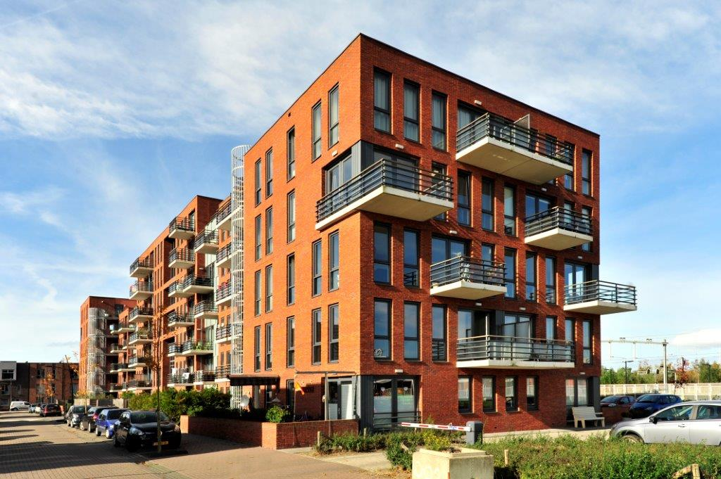 lower rent rises agreed for housing corporation tenants dutchnews nl