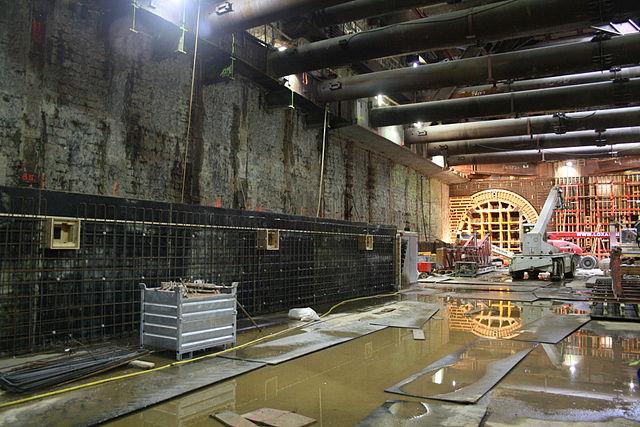 The Rokin metro station during building work. Photo: Mojito via Wikimedia Commons