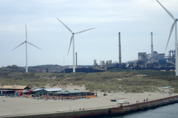 The Netherlands not too small to make big climate effort: D66