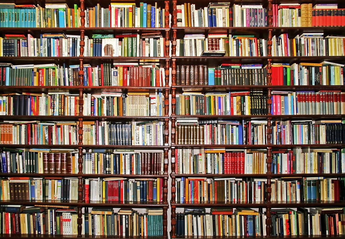 books 1200x832.