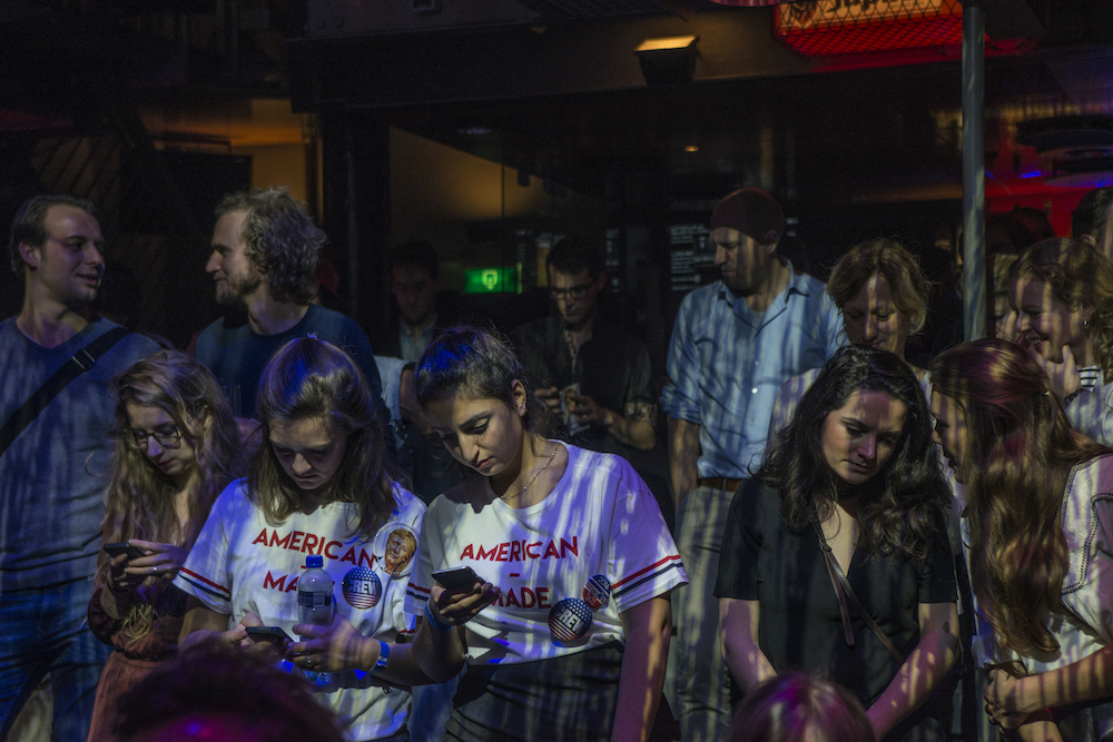 Following the results at the Melkweg in Amsterdam. Photo: Ingrid de Groot / HH