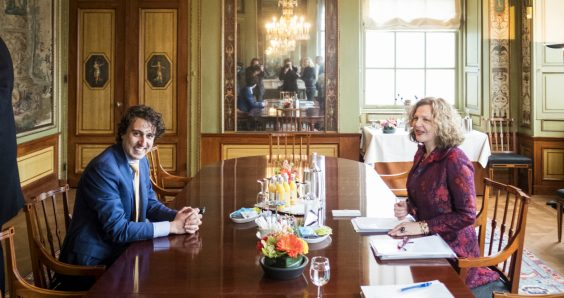 Schippers 'to stay on to lead coalition talks'