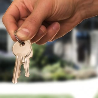 5 great tips on how to get a prospective landlord to pick you over other hopefuls