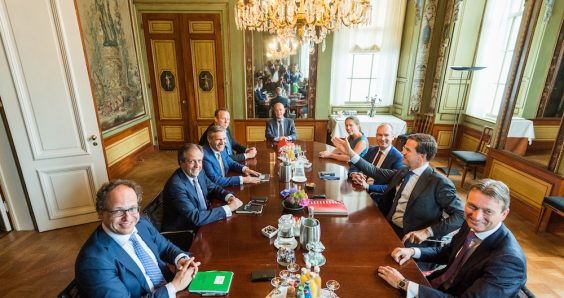 New Dutch cabinet-in-the-making not popular with voters