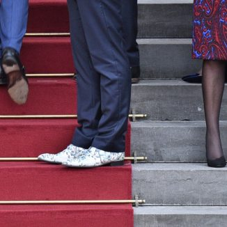 DutchNews podcast – The Shoes That Should Be Sterilised Edition – Week 43
