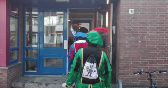 Teachers remove pro-Zwarte Piet campaigners from Utrecht school