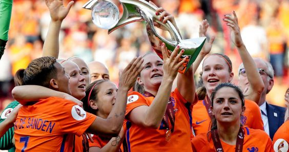 Dutch women's football team reaches deal with FA on more pay