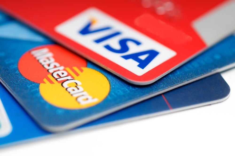 Three things to consider when taking out a credit card in the Netherlands - DutchNews.nl