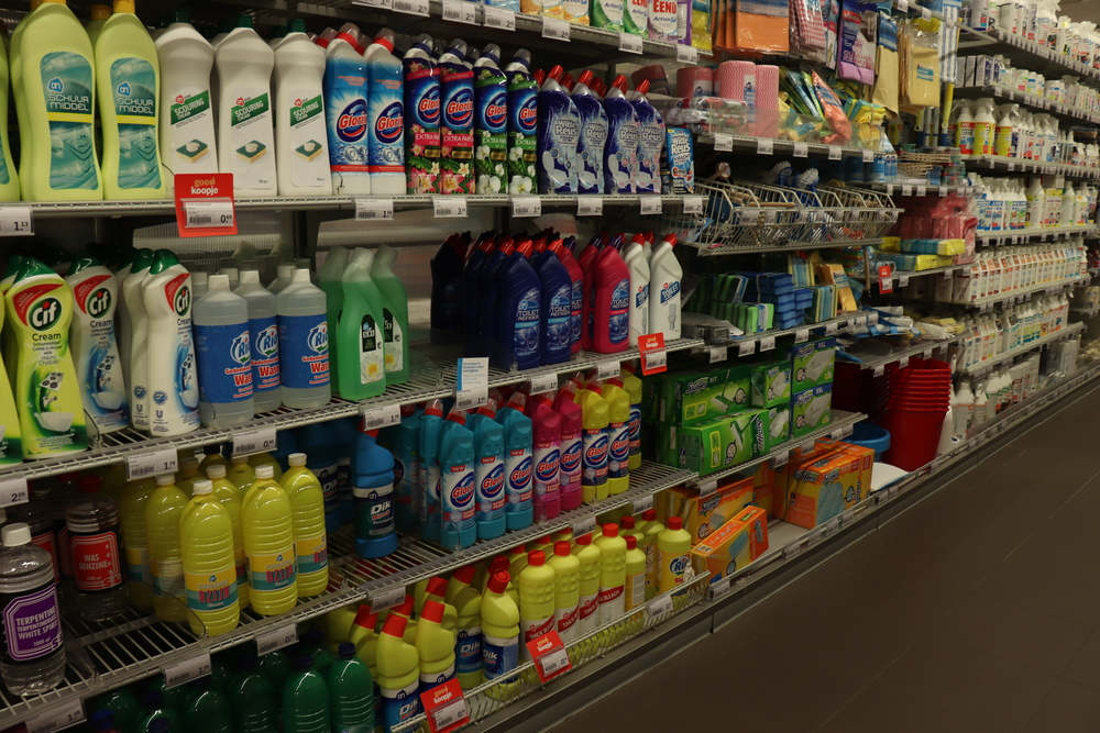 Dutch supermarket introduces 'quiet hour' for people with autism - DutchNews.nl
