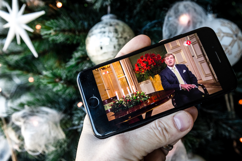 Dutch Christmas.Working Together Keeps Us Strong Says Dutch King In