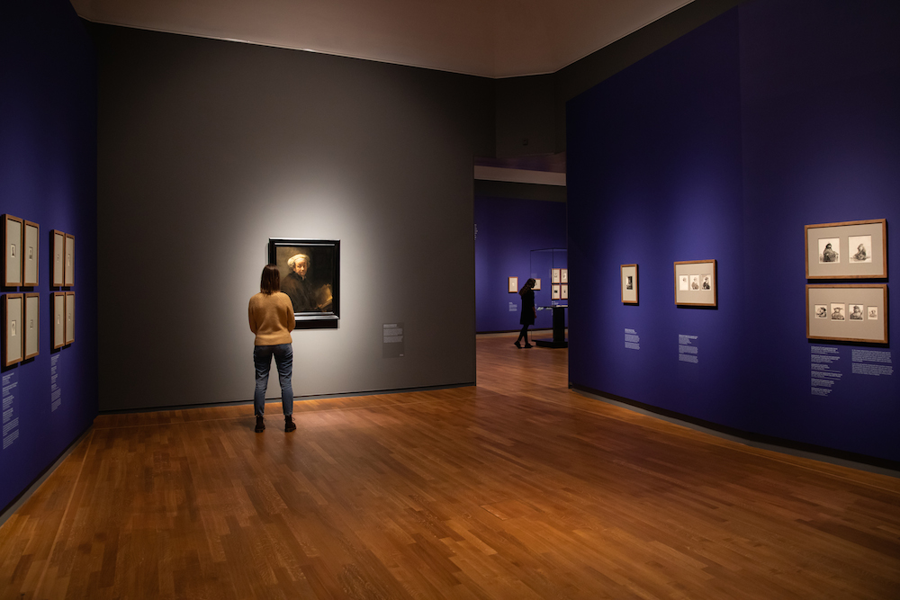 Rembrandt Exhibition Shell : Revealing all rijksmuseum puts on blockbuster exhibition of all