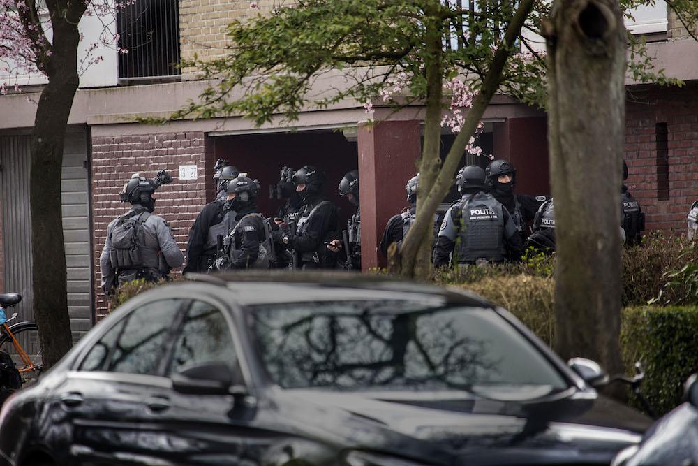 https://www.dutchnews.nl/wpcms/wp-content/uploads/2019/03/Utrecht-shooting-armed-police.jpg