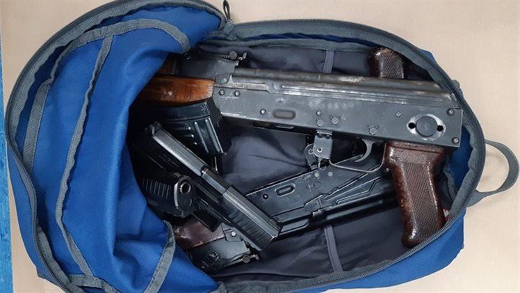 Kalashnikovs, 300 kilos of cocaine found in van in Breda - DutchNews nl