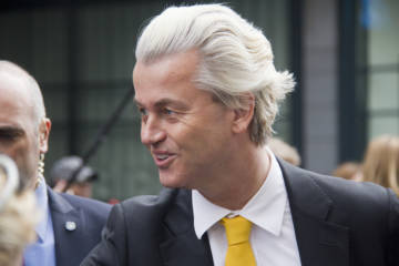 Man arrested ahead of Wilders visit had two knives and an axe