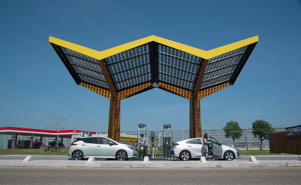 Electric charging stations company Fastned to list on June 14 - DutchNews.nl