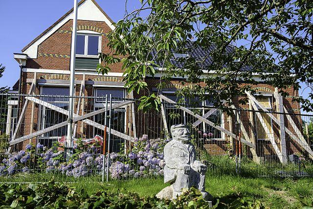 Groningen earthquake damage reports increase, 14 emergency cases - DutchNews.nl