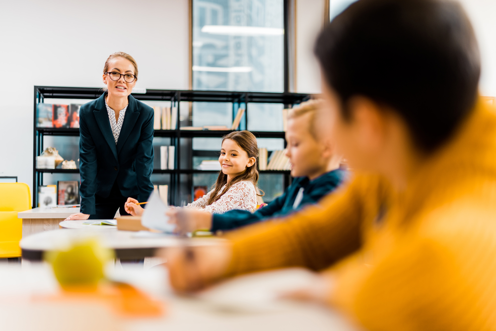 More people switch to teaching, training college applications soar - DutchNews.nl