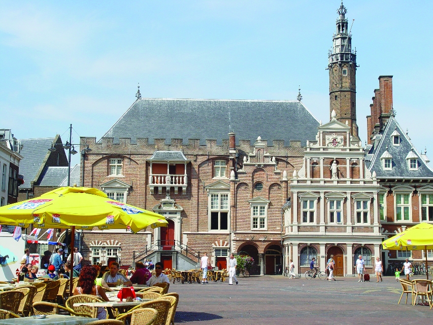 Haarlem to tackle over-tourism, aim for quality visitors - DutchNews.nl