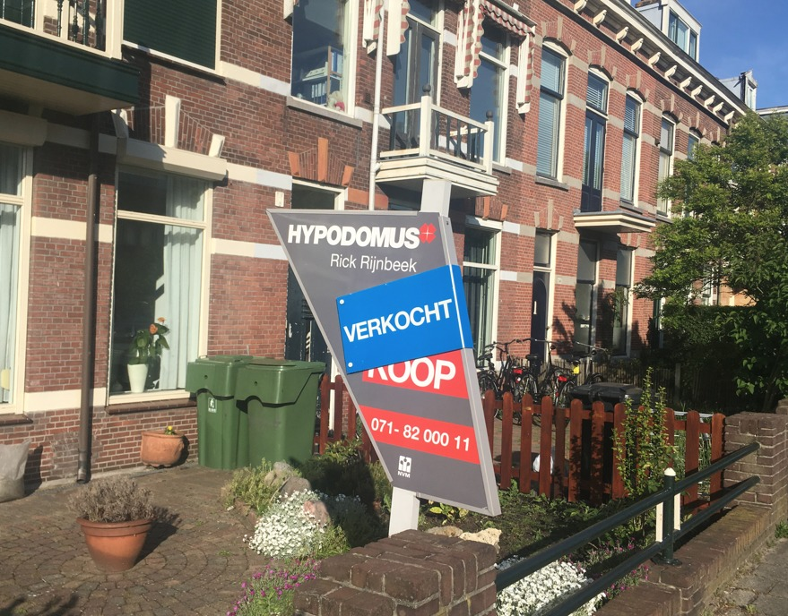 Repaying mortgages more popular than buying goods: CBS - DutchNews.nl