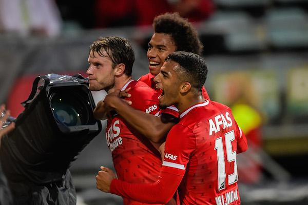 Three Dutch clubs move into Europa League play-offs - DutchNews.nl