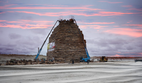 The Duindorp beach bonfire under construction in 2018