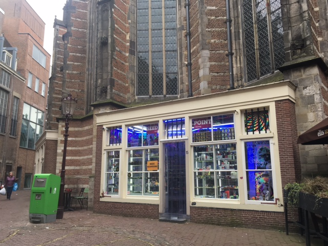 With more tourists arriving, government must draw up tourism strategy, MPs say - DutchNews.nl