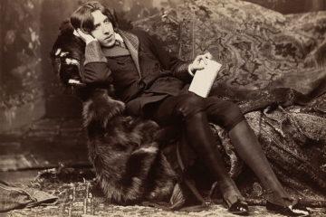 Dutch art detective tracks down stolen Oscar Wilde ring