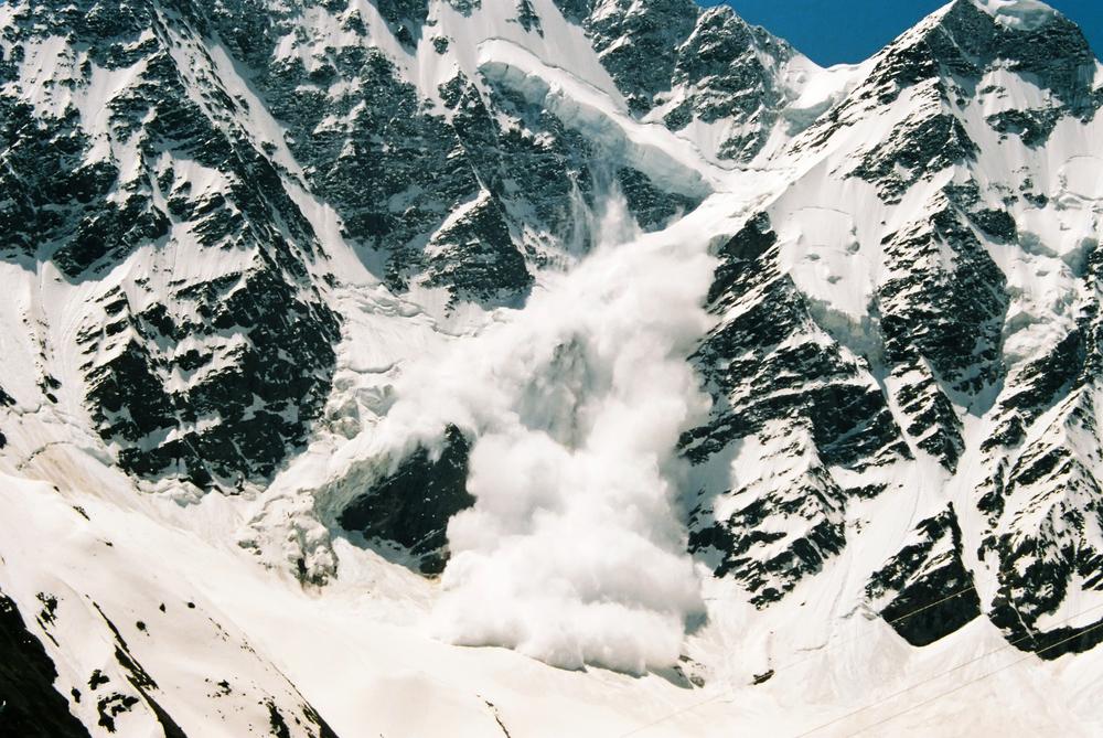 Two Dutch ski instructors killed off-piste in avalanche in Austria - DutchNews.nl