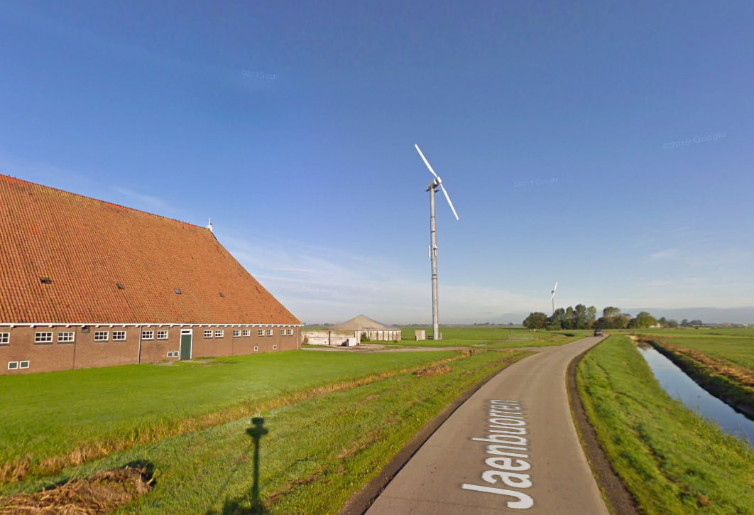 Touch and blow: Wind brings down wind turbine in Friesland - DutchNews.nl