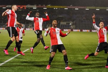 Feyenoord players celebrate at the end of their 4-3 win against PEC Zwolle