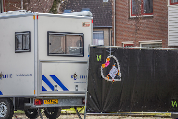Police hunt missing father after four are found dead in Brabant home - DutchNews.nl