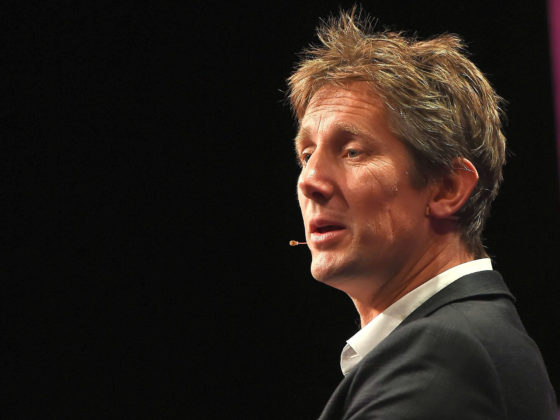 Van der Sar speaking in 2015