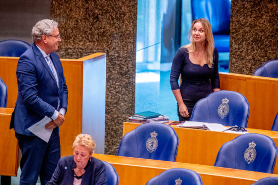 Henk Krol and Femke Merel van Kooten during a coronavirus debate.